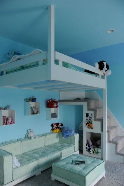 Camas elevadas para apartamentos peque os decoraci n y - Escaleras para camas altas ...